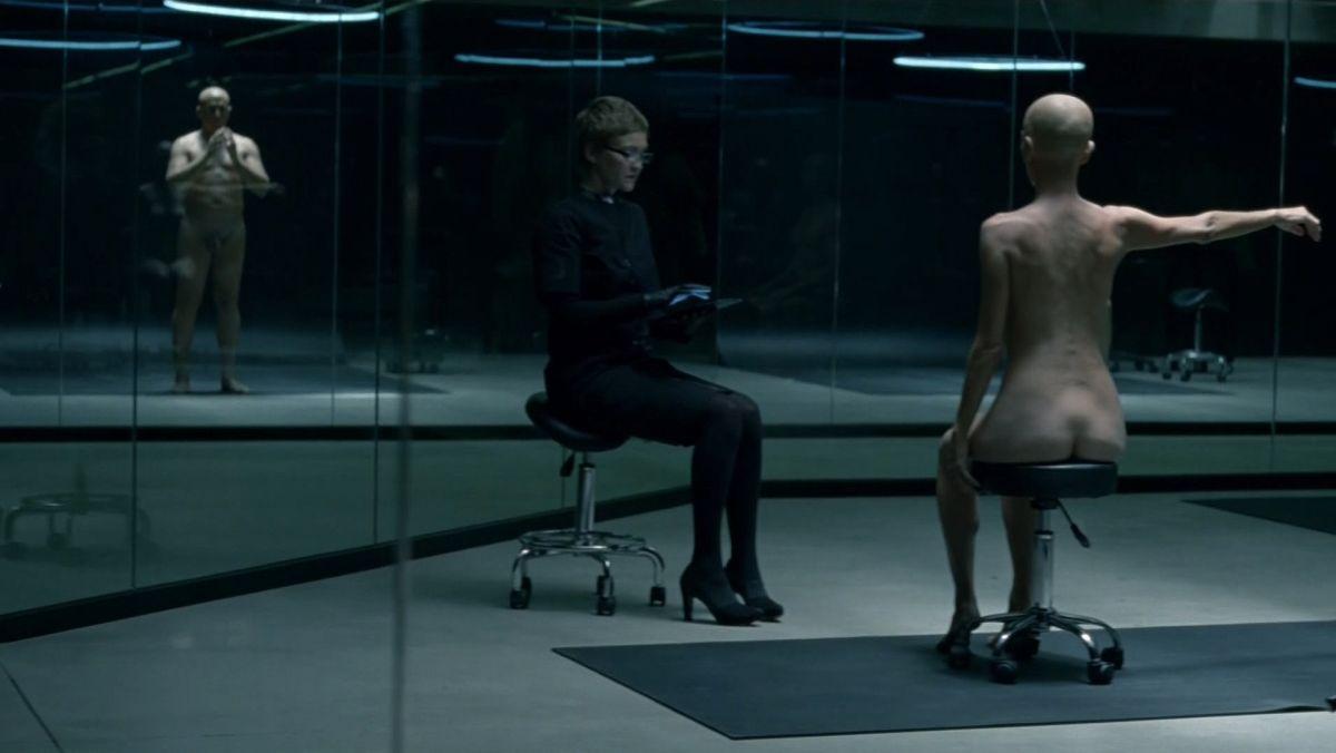 """Кадр из сериала """"Мир дикого запада"""" - лаборатории"""