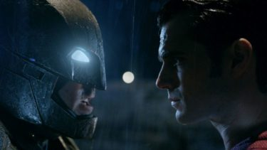 «Бэтмен против Супермена» поборется за худший фильм 2016 года