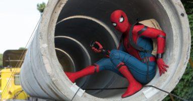 """Снова в детство: обзор фильма """"Человек-паук: Возвращение домой"""""""