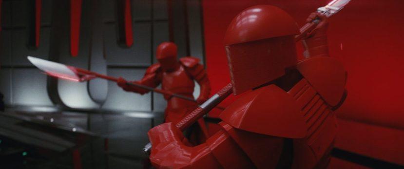 """Кадр из фильма """"Звёздные войны - Последние джедаи"""""""