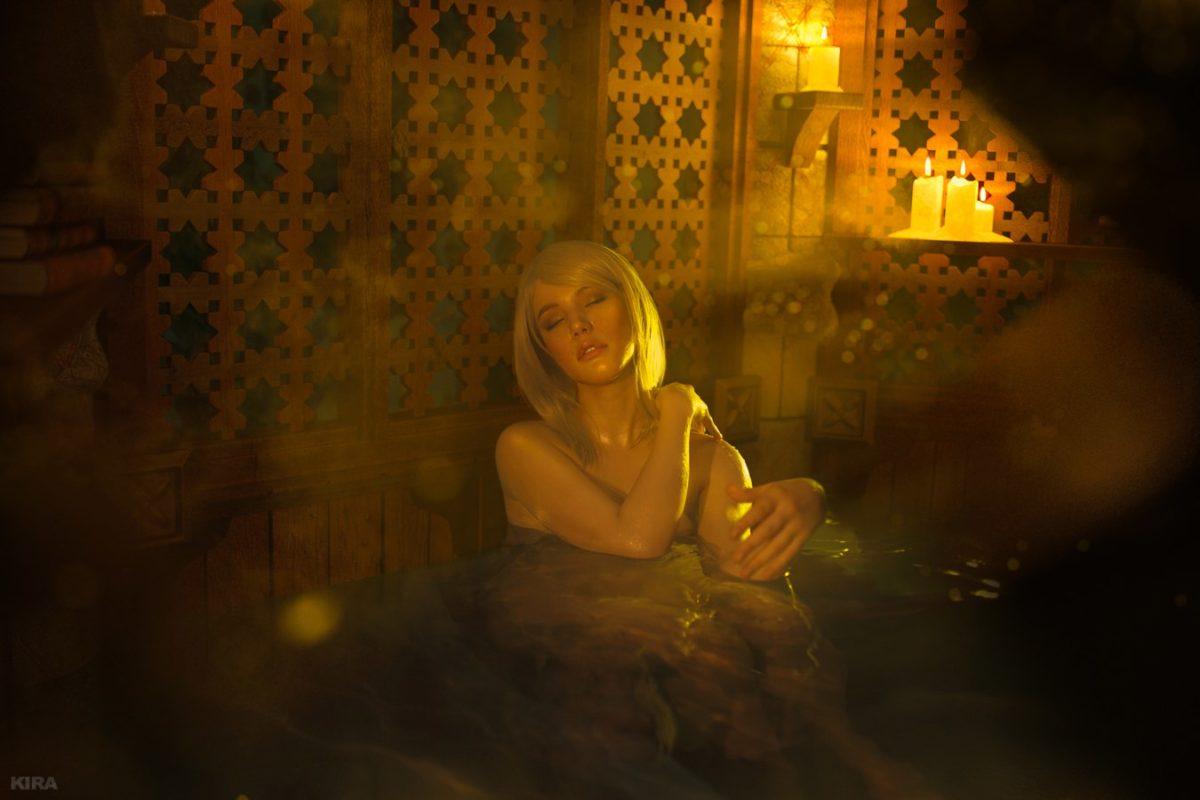 """Вызывающий косплей на Кейру Мец из """"Ведьмак 3: Дикая Охота"""""""