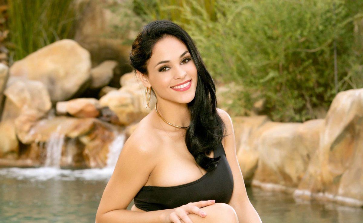 Jasmine Caro - лучшие латинские порнозвезды