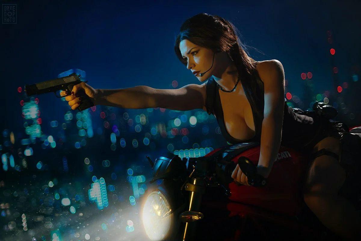 Лара Крофт из Tomb Raider: Underworld.