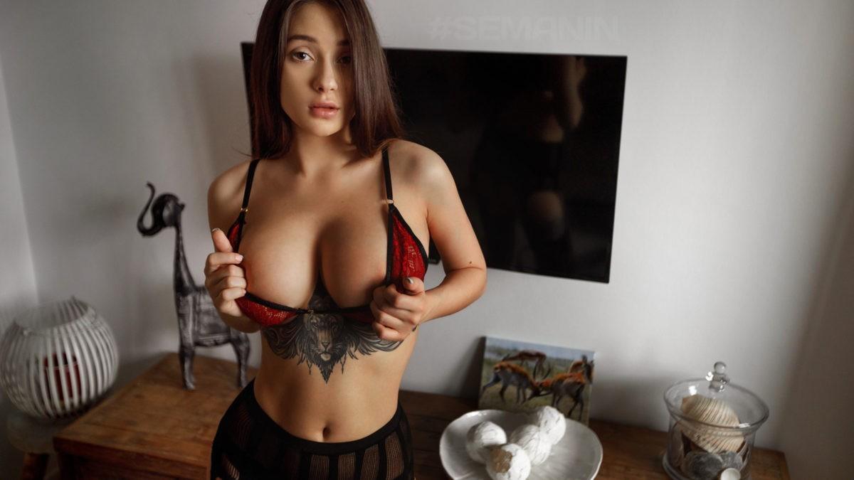 Liya Silver - русская порноактриса с большой грудью