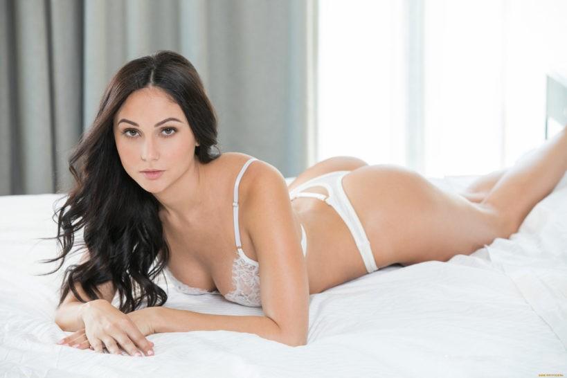 Ариана Мари: как хорошие девочки становятся порноактрисами